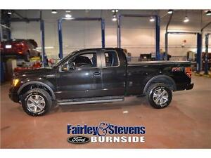 2014 Ford F-150 FX4! Moon Roof!