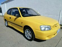 2001 Hyundai Accent LC GL Yellow 4 Speed Automatic Hatchback Chifley Woden Valley Preview