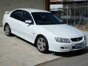 2005 Holden Commodore VZ Lumina White 4 Speed Automatic Sedan Mount Lawley Stirling Area Preview