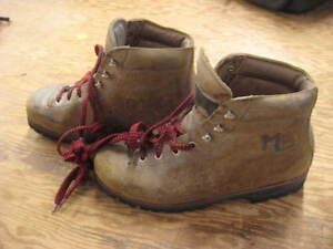 Vintage Size 7 1/2-8/9 Est M/F Hiking Mountaineering Boots