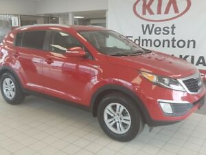 2013 Kia Sportage AWD Priced to Clear!