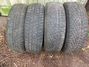 4-195/65R15 M+S WINTER TIRES CAN SELL IN PAIRS