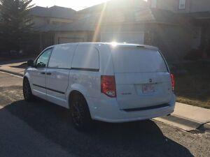 2014 Dodge Caravan CV Minivan, Van