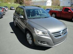 2011 VW Tiguan Auto AWD leather sunroof WARRANTY - nlcarshop.com
