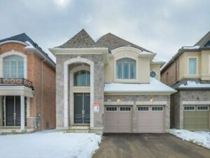 Gorgeous 5 Bedroom 6 Washroom in Aurora For LEASE!!!