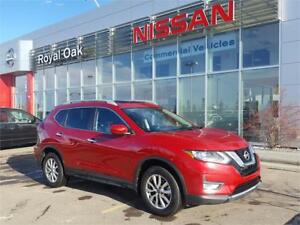 2017 Nissan Rogue SV Moonroof package **Heated Seats**