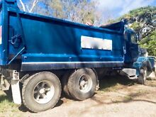 Tipper Truck FORD N12 Dumbleton Mackay Surrounds Preview