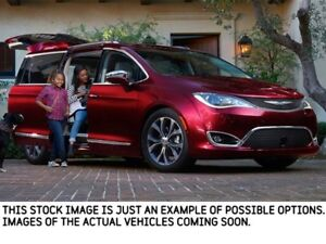 2019 Chrysler Pacifica Hybrid New Car Limited|UconnectTheatre,Ad