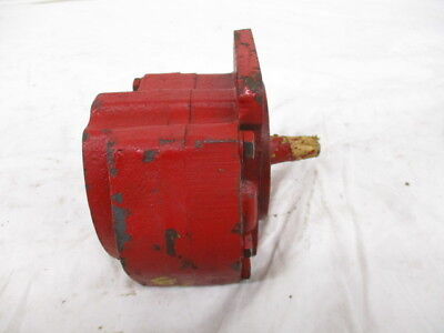 International Harvester Hydraulic Pump For 101 Combines 574512r91
