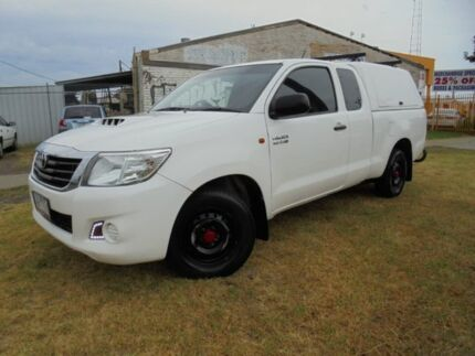 2012 Toyota Hilux KUN16R MY12 SR Xtra Cab 4x2 White 5 Speed Manual Utility Moorabbin Kingston Area Preview