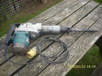 Makita 110volt HM5000K Heavy Duty Demolition Hammer
