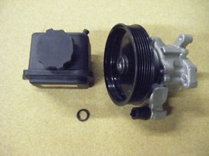 MERCEDES W163 POWER STEERING PUMP WITH P/S RESERVOIR TANK