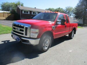 Ford F250 FX4 4x4 2010 Diesel 6.4L Power Stroke