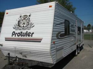 2004 PROWLER 25 REAR KITCHEN WITH SLIDE $7995