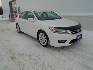 2014 Honda Accord TOURING (One Owner, Very Clean)