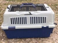 Small pet carrier suitable for cat or rabbit