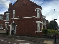 2 Double Bedrooms to Let (One En-Suite) in a 4 Bedroom Shared House - Chester Street - CV1 4DJ
