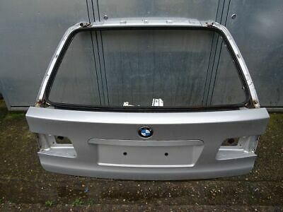 BMW E39 Touring Verkleidung Klappe Kofferraum rechts schwarz
