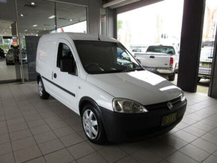 2009 Holden Combo XC MY08.5 White 5 Speed Manual Van Thornleigh Hornsby Area Preview