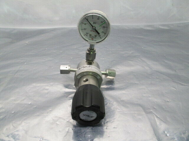 APTech AP1010S 3PW TW4 TW4 1 Pressure Regulator w/ Span Gauge, 453802