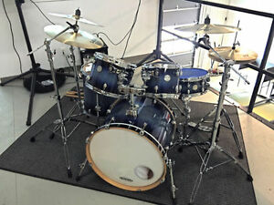 5 Pcs Mapex Meridian Maple Drum set with hardware + Cymbals