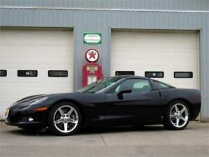 2007 Chevrolet Corvette C6 Coupe w/Removable Roof Z51 & 3LT Pkg