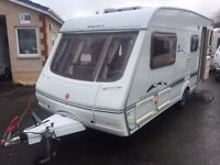 Swift Challenger 520se- 2003- 4 BERTH END CHANGING ROOM