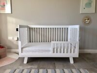 Baby Toddler Bed / Cot Babyletto Stokke Oeuf