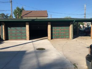 3 Car Garage for Rent - Great for storage!!