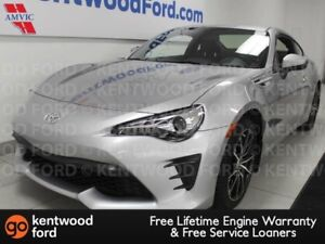 2017 Toyota 86 6-SPD manual RWD with back up cam