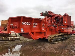 2015 Morbark 3200 Wood Hog Horizontal Grinder on Tracks