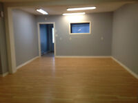 Local commercial a louer Vaudreuil // Commercial space for rent