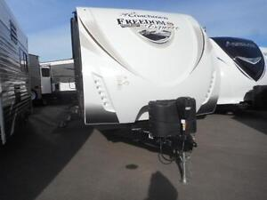 GET OUT IN THIS COMFY COZY 2017 FREEDOM EXPRESS 276RKDS