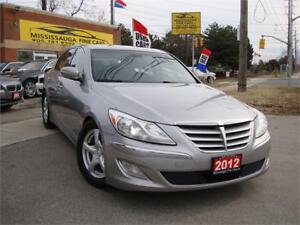 2012 Hyundai Genesis ,NAVIGATION,REAR CAMERA,LOADED