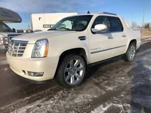 2012 Cadillac Escalade EXT Premium Like New Financing Available