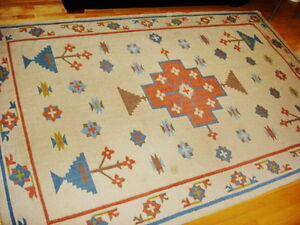 6X9 Flat Weave Wool Rug Modern Pattern AS NEW CONDITION