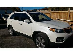 2013 Kia Sorento EX Lux-AWD-PANORAMIC Roof-back-up camea-Leather