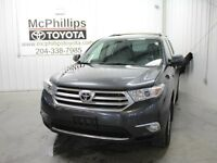 2012 Toyota Highlander V6 AWD for sale in Winnipeg! FULLY LOADED