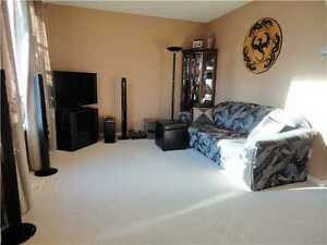 Immaculate 3-bedroom, 2-story; park/trail/lake steps away! Strathcona County Edmonton Area image 3