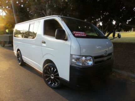 2013 Toyota Hiace TURBO DIESEL 9 Seater White Automatic Van
