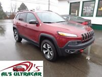 2014 Jeep Cherokee Trailhawk 4x4 only $239 bi-weekly all in!