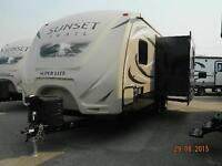 HOT DEAL ON 2016 SUPER LITE SUNSET TRAIL 240 BH
