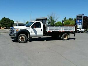 2016 Ford F-550 CHASSIS CAB FLAT BED W/ DROP DOWN SIDES-C/W POWE