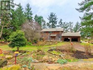 205 SEA MEADOW DRIVE GABRIOLA ISLAND, British Columbia