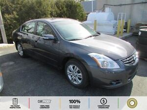 2012 Nissan Altima 2.5 S BT! LEATHER! HTD SEATS!