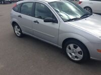 2005 Ford Focus ZX5 4door Hatchback