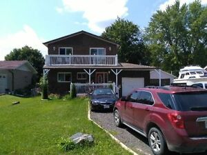 Keswick Newly renovated Large above ground apt. on the water.