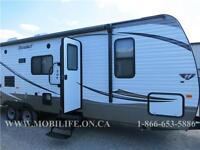 **OUTDOOR KITCHEN! **SLEEPS 9! **FAMILY TRAVEL TRAILER FOR SALE!