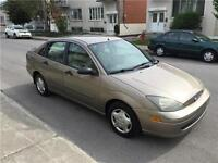2003 FORD FOCUS. AUTOMATIC. 126 000km. TRES PROPRE. 2400$