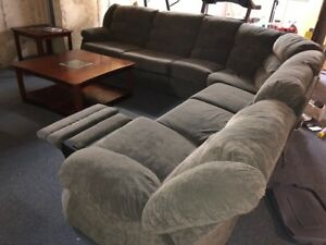 Amazing Recliner Sectional!